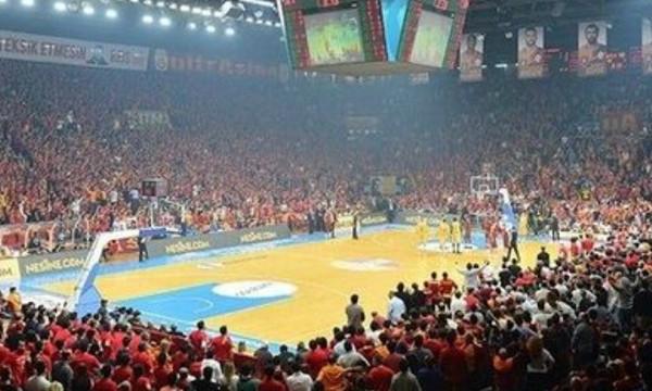 Σοκ: Γκρεμίζεται ιστορικό μπασκετικό γήπεδο!