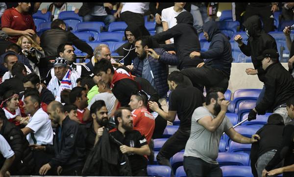 Europa League: Σοκάρουν οι εικόνες από τα επεισόδια στο Λιόν - Μπεσίκτας