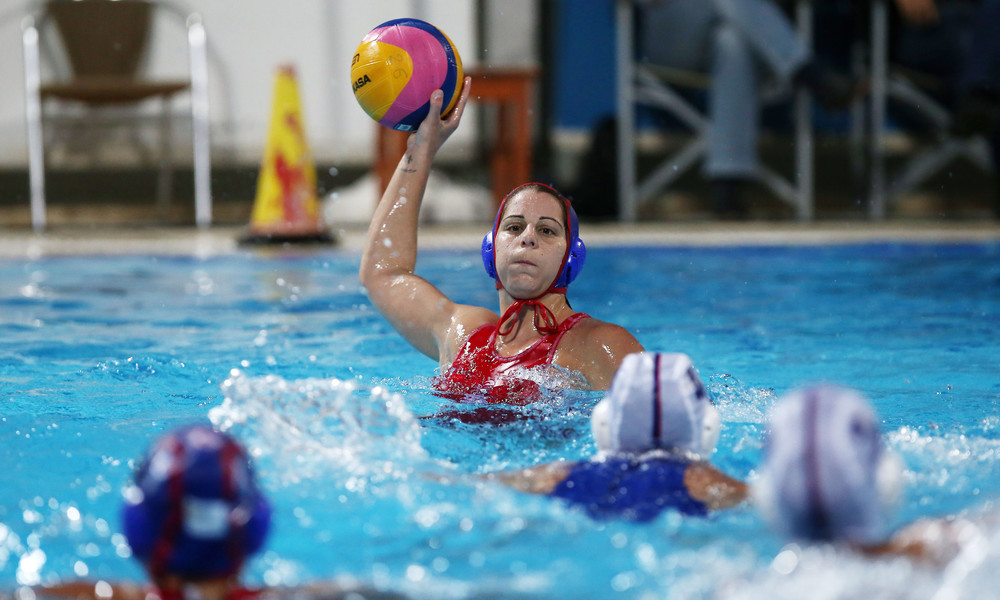 Βουλιαγμένη - Ολυμπιακός 8-9: «Διπλό» τίτλου για τις «ερυθρόλευκες»