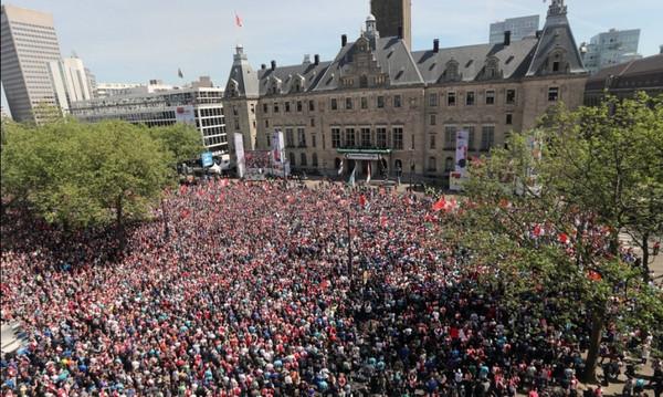 Βγήκαν στους δρόμους οι Ολλανδοί για την Φέγενορντ! (photos+video)