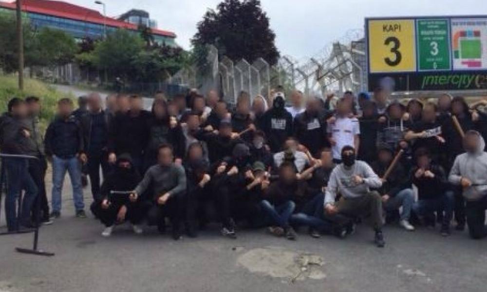 Final 4: Χαμός στην Πόλη - Οπαδοί της Φενέρμπαχτσε στήνουν ενέδρες στο «Σινάν Ερντέμ»