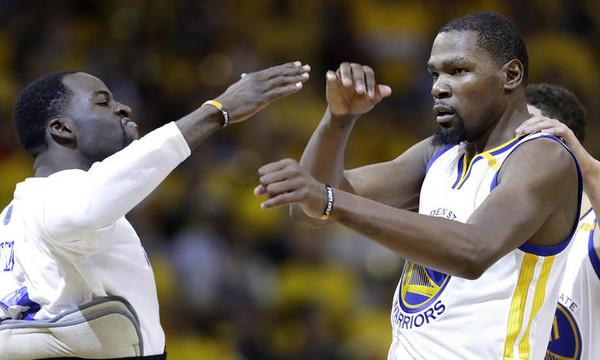 Νέα νίκη για Ουόριορς, 2-0 οι τελικοί του NBA