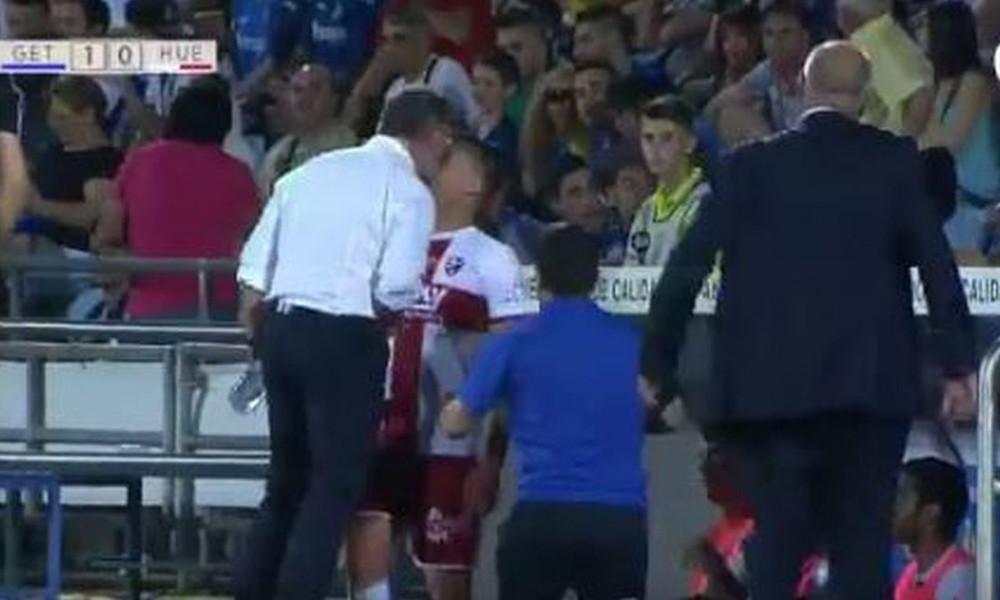 Προπονητής έριξε κουτουλιά σε ποδοσφαιριστή του!