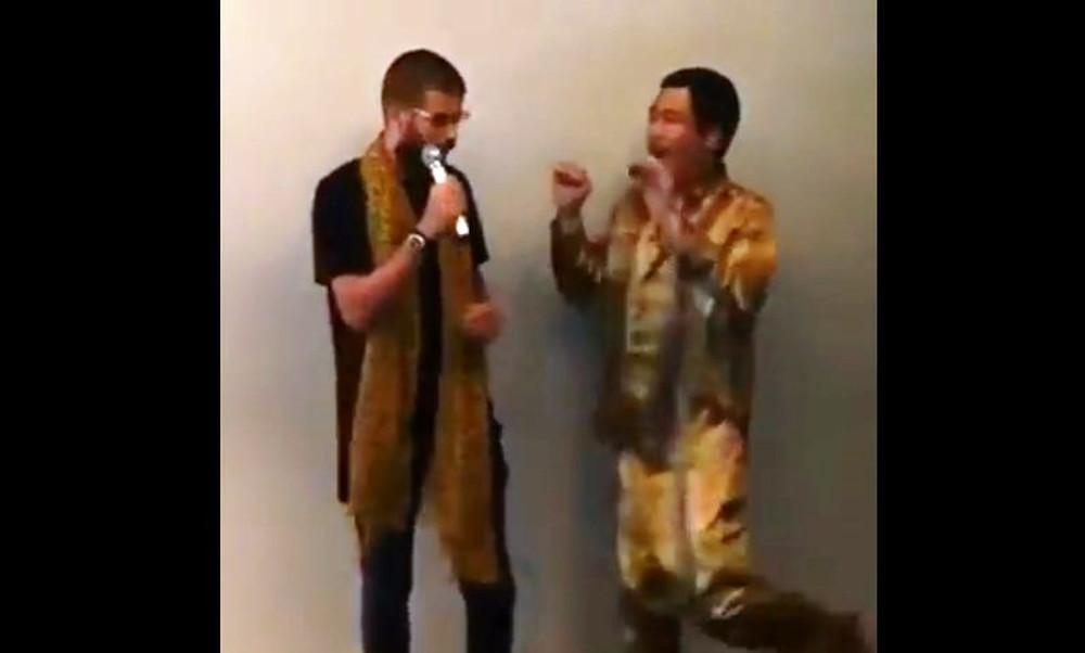 Τρελό γέλιο! Ο Πικέ τρολάρει τραγουδιστή μπροστά στα μάτια του!