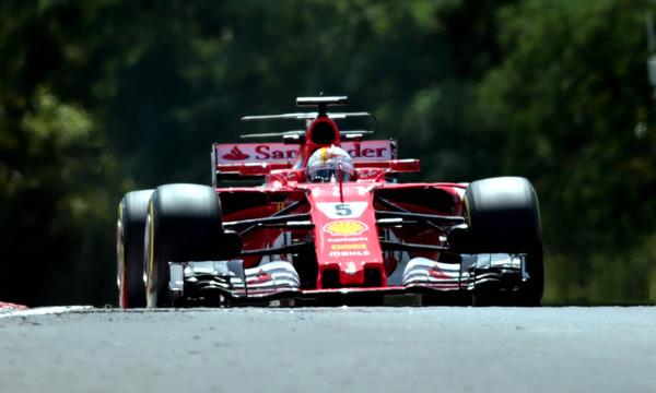 Formula 1: Πρωτιά για Φέτελ