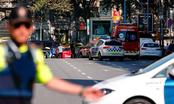 Η «πληγωμένη» Βαρκελώνη και τα μηνύματα συμπαράστασης από τον χώρο του αθλητισμού