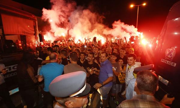 ΑΕΚ: Χαμός στο αεροδρόμιο για τον Αραούχο! (pics, vids)