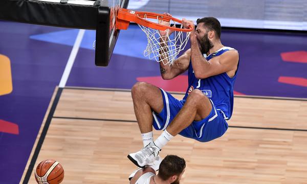Ευρωμπάσκετ 2017: Ξεχωρίζει η καρφωματάρα του Μπουρούση στο ΤΟΡ 5 (video)
