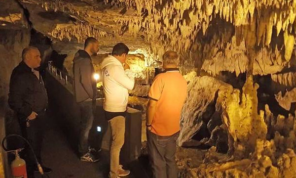 Ο Πασκουάλ στη σπηλιά του Δράκου (pics)
