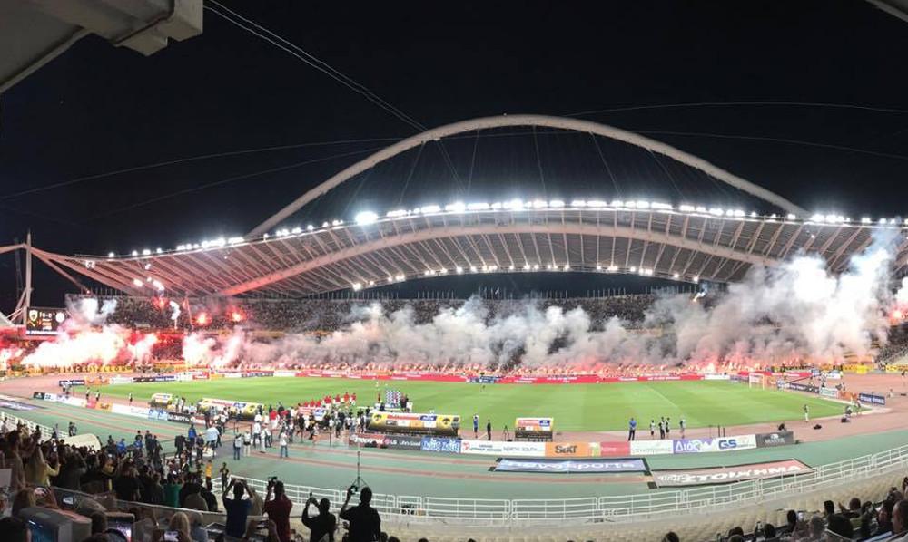 ΑΕΚ-Ολυμπιακός: Κάηκε το ΟΑΚΑ πριν τη σέντρα! (vid)