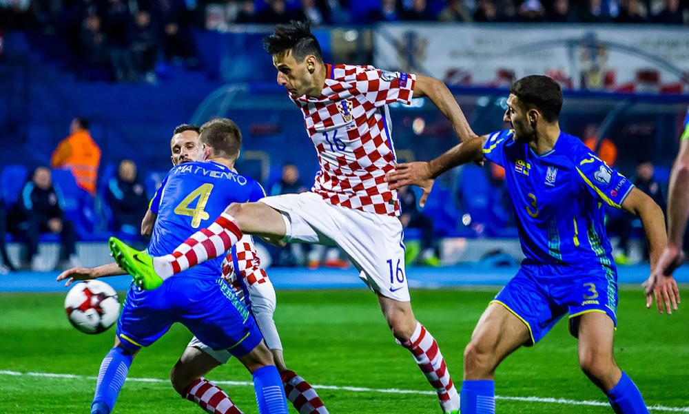 Στήριγμα με Κροατία και Σερβία