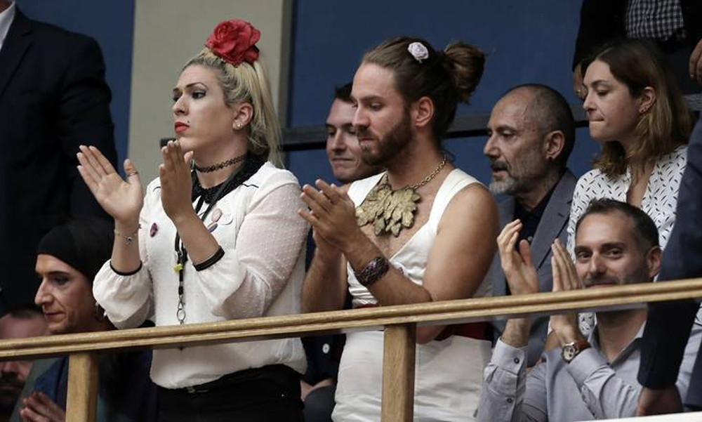 Είμαι «ομοφοβικός», «φασίστας» και «χριστιανοταλιμπάν»... (τώρα μπορώ να μιλήσω;)