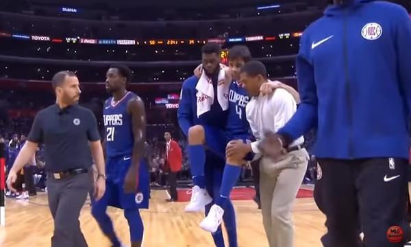 NBA: Σοβαρός τραυματισμός Τεόντοσιτς! Βγήκε… σηκωτός! (video)