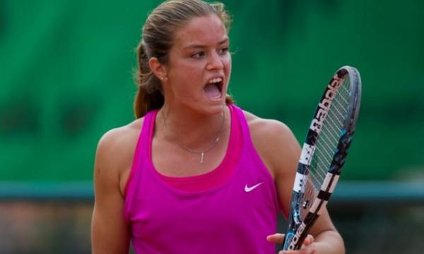 Τένις: Μικρή πτώση για Σάκκαρη