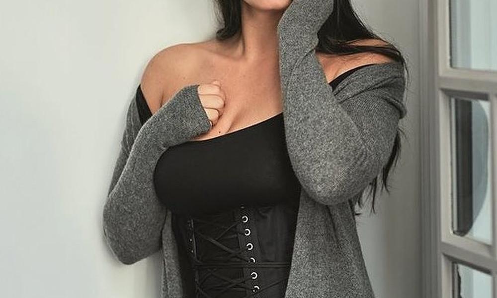 H πιο ζουμερή Ελληνίδα ηθοποιός!