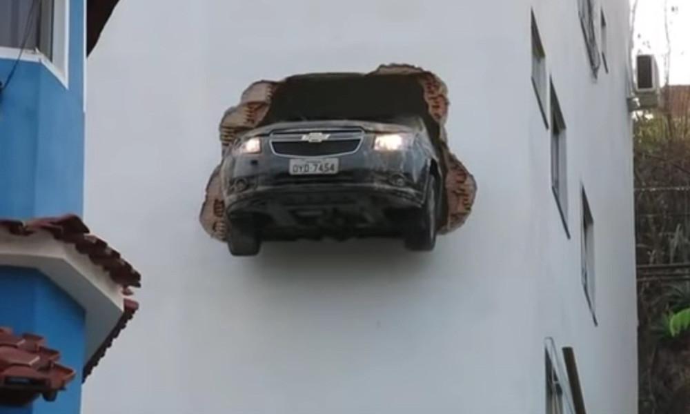 Ατυχήματα με αυτοκίνητα που κόβουν την ανάσα! (vid)