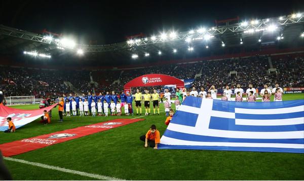 Ελλάδα-Κροατία: Αποδοκιμασίες στον εθνικό ύμνο της Κροατίας (vid)
