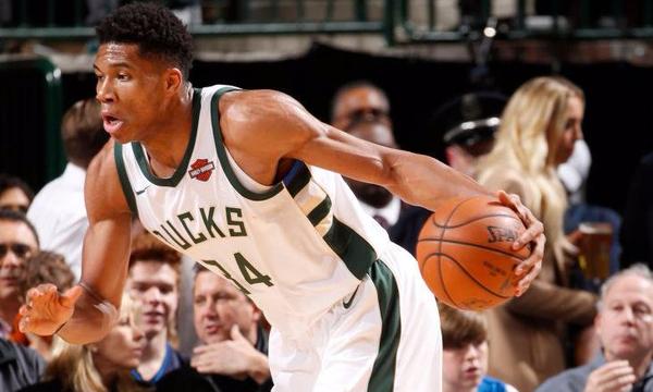NBA: Συντριβή για Μπακς με double double του Giannis (video)