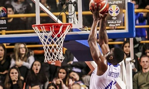 Αντετοκούνμπο: «Μεγάλη υπερηφάνεια να παίζεις για την Εθνική»