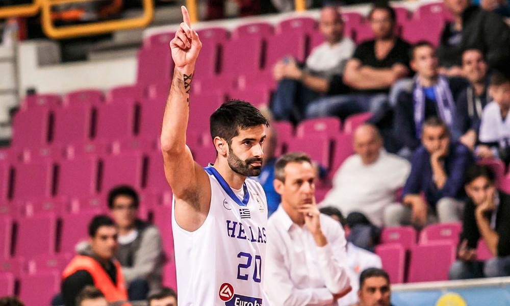 Σάκοτα: «Χρωστάω πολλά στο ελληνικό μπάσκετ»
