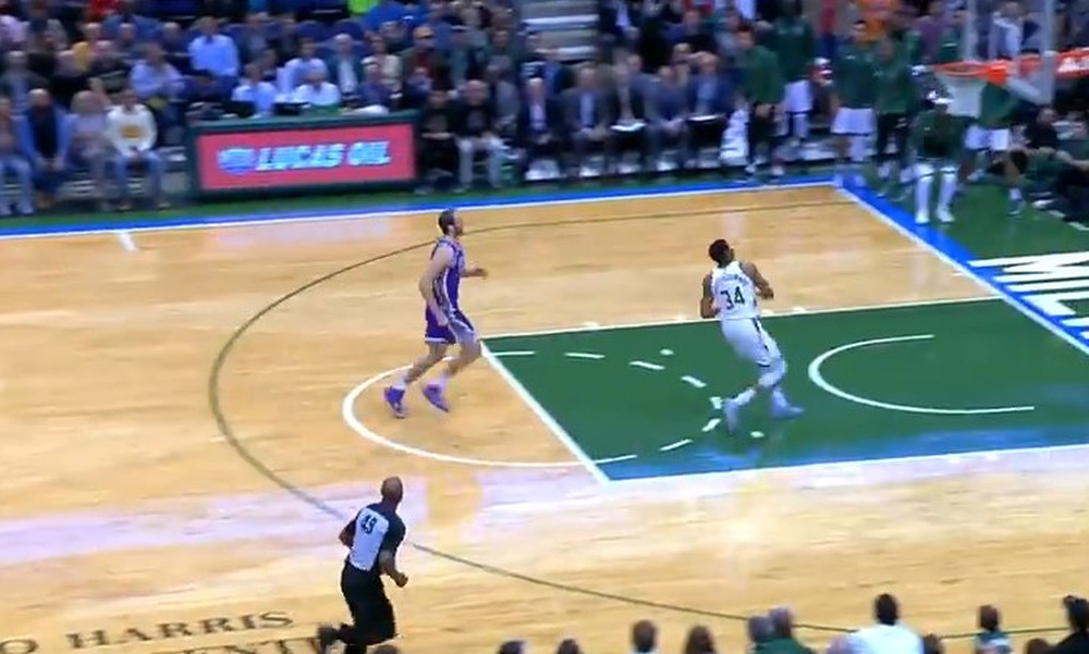 NBA: Μαγεία Αντετοκούνμπο και στο Top 10 (video)