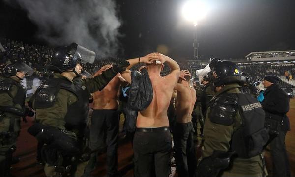 Και ένας Έλληνας στους συλληφθέντες για τα επεισόδια στο Παρτιζάν - Ερυθρός Αστέρας