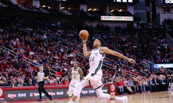 NBA: Η ηγετική εμφάνιση Αντετοκούνμπο στο Χιούστον (video)