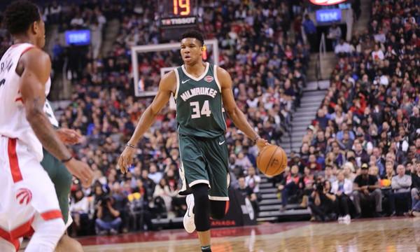 NBA: Ο ΝτεΡοζάν λύγισε Αντετοκούνμπο και Μπακς! (photos+video)