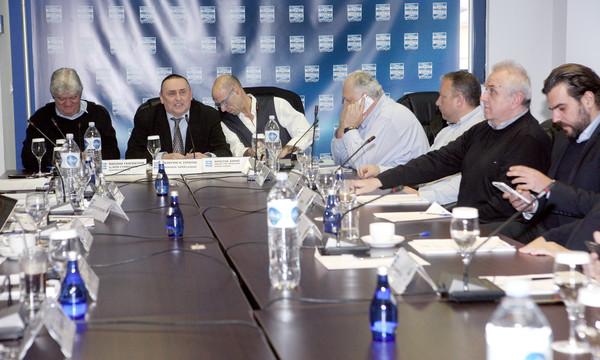 Super League: Κίνηση των «12» για Κεντρική Διαχείριση