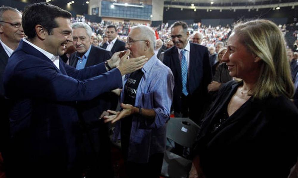 Τη Δευτέρα θα αποφασίσει ο Τσίπρας για την παραίτηση του Ζουράρι